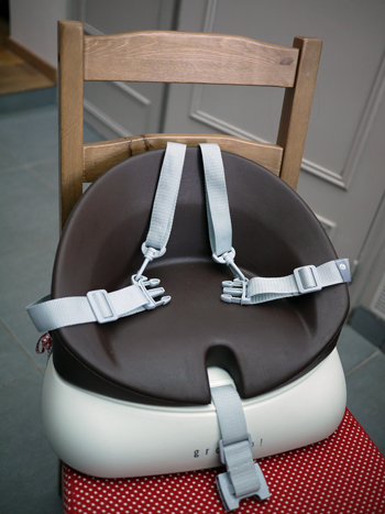 test le rehausseur de chaise grow  de musty doudou