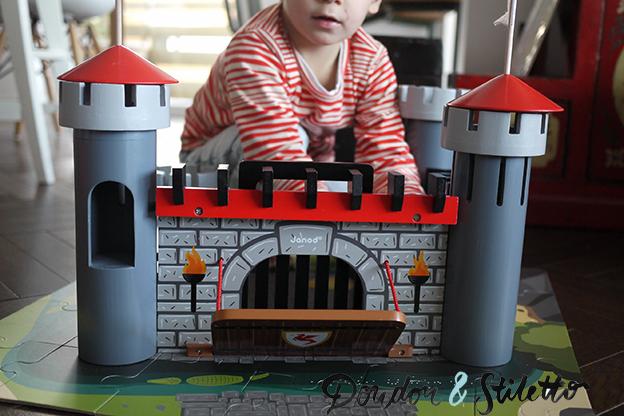 château fort en bois Janod